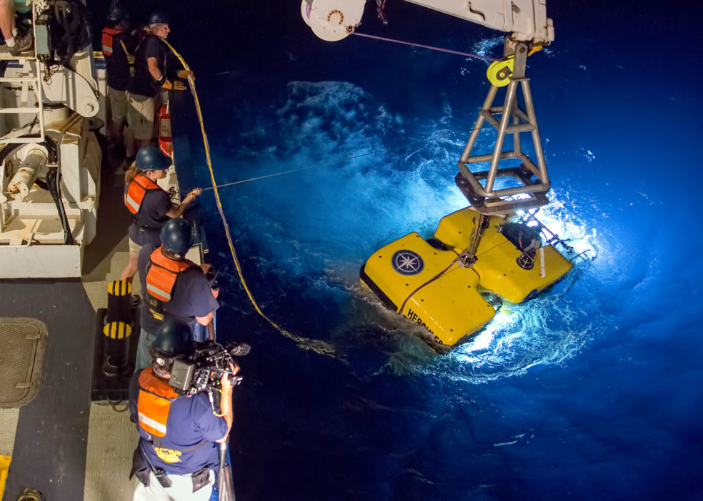 0B1A7881-Credit_-Ocean-Exploration-Trust—Nautilus-Live