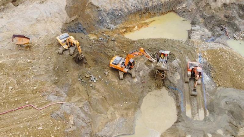 Con el objetivo de cuidar el ambiente 25 concesiones mineras fueron suspendidas en el país