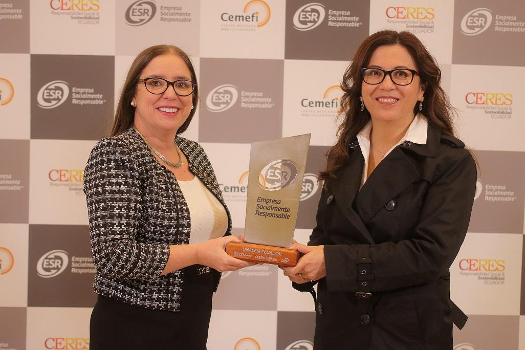 UNACEM Ecuador recibió el Distintivo ESR® por sus buenas prácticas sociales y ambientales